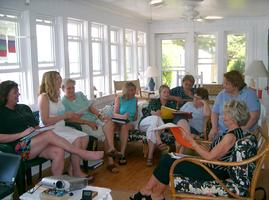 269_close_up_large_class_Ocracoke_teaching_020